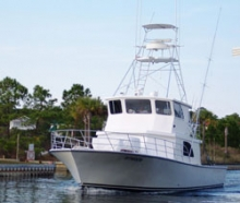 Intimidator Sport Fishing - Twin 600 hp 3406 Caterpillar Diesels, Twin-Disc MG5110A transmissions, 1200 gallon fuel capacity, 350 gallon water capacity